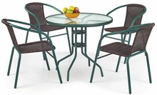 Okrągły i bardzo praktyczny stół GRAND wykonany został ze szkła i malowanej na zielony kolor stali, dzięki czemu jest meblem nie tylko bardzo stylowym...