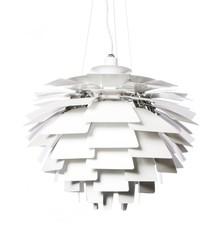 Lampa wykonana została z aluminium lakierowanego na biało.<br />Długość z kablem: 165 cm<br />Źródło światła: E 27 max 60 W<br...