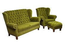 Jakość i styl!  Klasyczny komplet mebli wypoczynkowych POLA: sofa 2 - osobowa, fotel i pufa. Meble wykonane na stelażu drewnianym. Siedzisko: sprężyna...