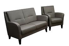 Komfort i wygoda!  Klasyczny komplet mebli wypoczynkowych CLARISSAsofa 2 - osobowa i fotel. Meble wykonane na stelażu drewnianym. Siedzisko:...