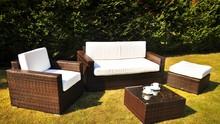 Zestaw mebli ogrodowych ESOTICO  Funkcjonalnie zaprojektowany zestaw ogrodowy ESOTICO, może idealnie komponować się z nowoczesnym charakterem Twojego...
