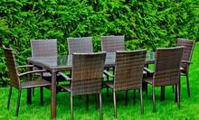 Zestaw mebli stołowych SOTTILE Przedstawiamy Państwu 8-osobowy zestaw stołowy SOTTILE, który będzie idealny na spotkania w gronie najbliższych....