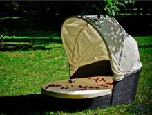 Łóżko ogrodowe TACITO  Piękne łóżko TACITO stanie się ulubionym miejscem wypoczynku wszystkich mieszkańców a także Twoich gości. Miękkie...
