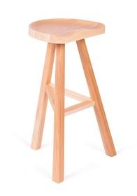Klasyczna konstrukcja siedziska i drewniana podstawa pozwoli osiągnąć ciekawe a zarazem niebanalne aranżacje w przestrzeniach zorganizowanych tradycyjnie,...