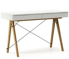Biurko BASIC kolor LIGHT GREY stelaż DĄB  Minimalistyczne biurko z dwoma dyskretnymi szufladami. Wykonane ręcznie z litego drewna i blatu w dowolnym...