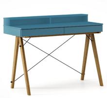 Biurko BASIC+ kolor OCEANIC stelaż DĄB  Minimalistyczne biurko z dwoma dyskretnymi szufladami. Wykonane ręcznie z litego drewna i blatu w dowolnym...