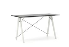 Minimalistyczne biurko w formie stolika, dopasuj wymiary do swoich potrzeb! Wykonane ręcznie z litego drewna i blatu w dowolnym odcieniu, całość spięta...