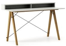 Biurko SLIM+ kolor LIGHT GREY stelaż DĄB  Minimalistyczne biurko w formie stolika z wygodną nadstawką na drobiazgi. Wykonane ręcznie z litego drewna i...