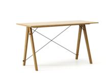 Biurko SLIM KIDS kolor RAW OAK stelaż DĄB  Minimalistyczne biurko w formie stolika z wygodną nadstawką na drobiazgi. Wykonane ręcznie z litego drewna i...