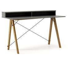 Biurko SLIM KIDS+ kolor GREY stelaż DĄB  Minimalistyczne biurko w formie stolika z wygodną nadstawką na drobiazgi. Wykonane ręcznie z litego drewna i...