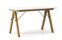 STÓŁ BASIC kolor LIGHT GREY stelaż DĄB  Minimalistyczny stół w duchu SCANDI, idealny do jadalni lub kuchni. Wykonany ręcznie z litego drewna i blatu...