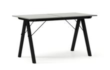 STÓŁ BASIC ROZKŁADANY kolor GREY stelaż BUK BLACK  Minimalistyczny stół w duchu SCANDI, idealny do jadalni lub kuchni. Opcja rozkładania umożliwi...