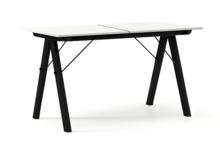 STÓŁ BASIC ROZKŁADANY kolor LIGHT GREY stelaż BUK BLACK  Minimalistyczny stół w duchu SCANDI, idealny do jadalni lub kuchni. Opcja rozkładania...