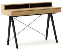 Minimalistyczne biurko z dwoma dyskretnymi szufladamitutaj w wersji LUXURY. Dostępne w szerokiej gamie naturalnych fornirów, także w konfiguracji ze...