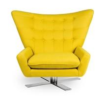 Fotel obrotowy Vings w żółtym kolorze.<br />Szerokie pikowane oparcie.<br />Miękka duża poducha siedziska.<br />Siedzisko jest...