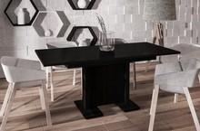 Rozkładany stół DAVOS doskonale pasuje do nowoczesnej kuchni lub jadalni. Prostokątny blat oraz nogi stołu DAVOS wyprodukowane z płyty laminowanej....