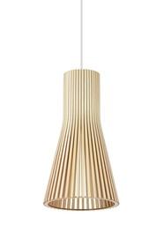 Lampawykonana została z naturalnego drewna brzozowego. <br />Długość z kablem: 200 cm<br />Źródło światła: E27 max 60W<br...