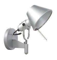 Lampa wykonana z aluminium i stali. <br />Źródło światła: E27 1x60W<br />Waga netto 1 szt.: 1 kg<br />Waga opakowania: 1,5...