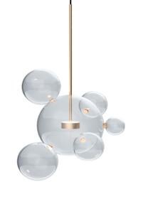 Lampa Capri 6 składa się z kulistych, szklanych kloszy oraz metalu.<br />Główna kula zawieszona jest na delikatnym przewodzie.<br...
