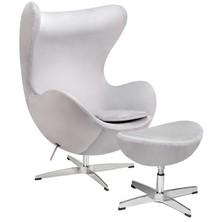 Fotel EGG CLASSIC VELVET jasny szary z podnóżkiem - welur, podstawa aluminiowa